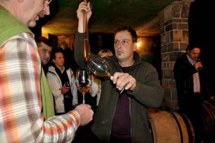Uroš Rojac explaining his wines