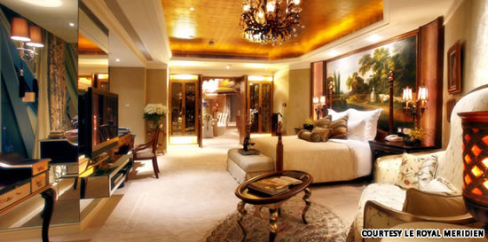 Luxury rooms at half the price shanghai luxury hotel s for Luxury hotel sites