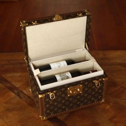 Louis-Vuitton-wine-travel-case