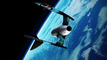 Virgin-Galactic's-tourist-spaceship