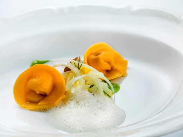 Sweet, salted and very bitter - Chef: Ana Roš. Photo: Janez Pukšič