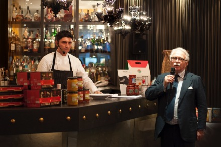 Chef Andrea Aprea, presented by Guido Barendson, was creating sublime dishes