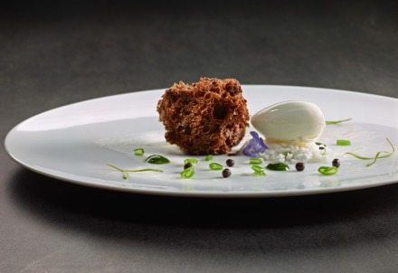 Smoked sponge with crunchy cocoa, whisky ice cream, slush, mint and green bean. Photo: Courtesy of Martin Berasategui